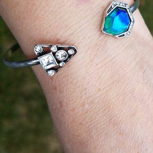 Jewelry - Beautiful blue/green rhinestone bangle bracelet